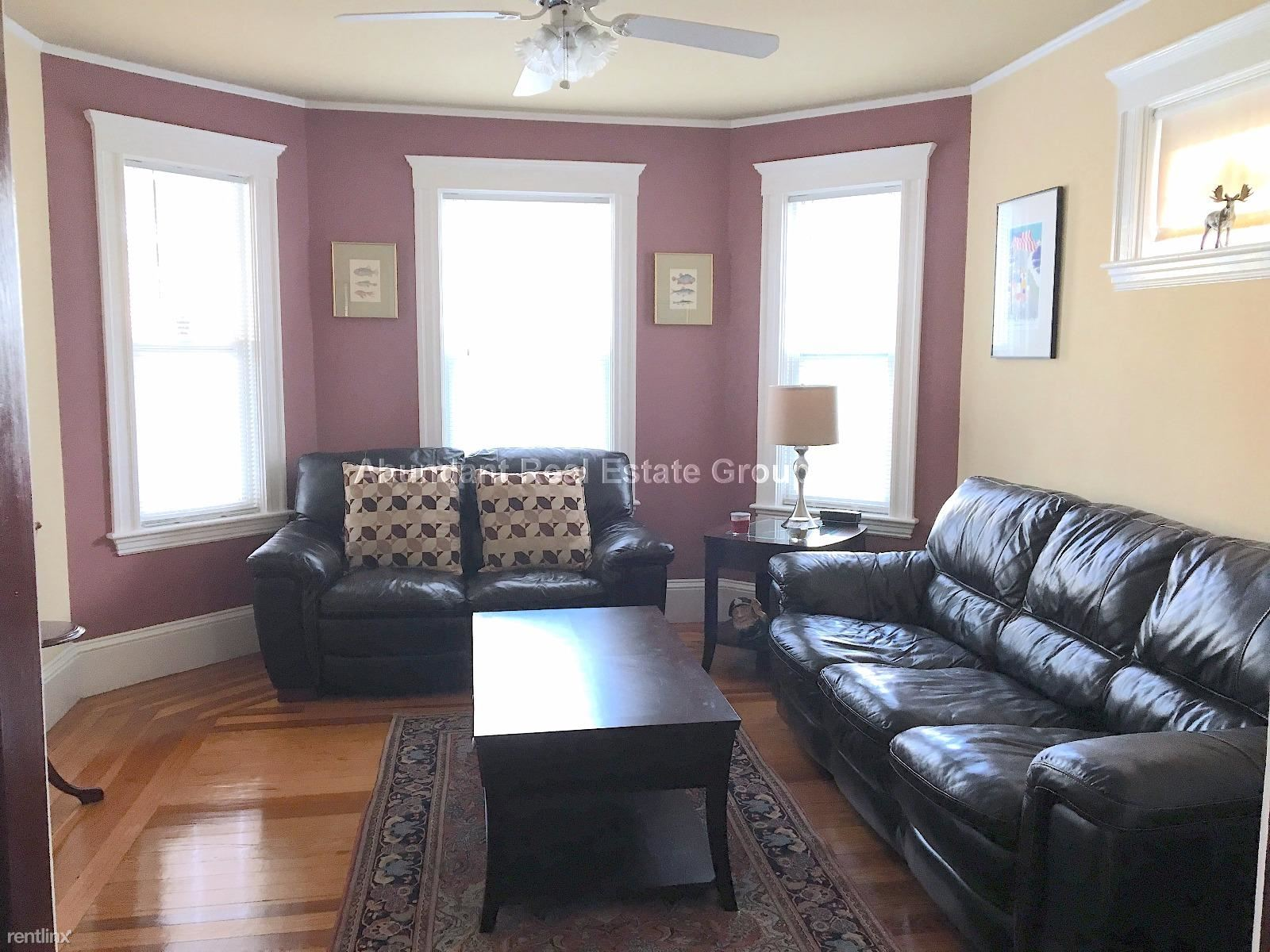 58 Dartmouth St Apt 1